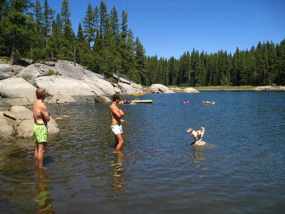 annabarr: Shaver Lake - August 18-22, 2011 &emdash; please-save